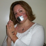 Andrea Blankinship - I'm a straight female. I support the NOH8 Campaign because I believe that we all have a choice. Love doesn't know color, boundaries or sexual preference. Love is selfless and just because someone chooses to follow a different path than the one we are taught to follow doesn't give us the right to judge anybody.