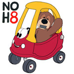 @Edward_TheBear - @Edward_TheBear supports the NO H8 Campaign! #NobodyIsAlone