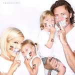 Tori Spelling & Dean McDermott and Family